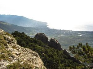 Скальный гребень - отторженец Таракташа